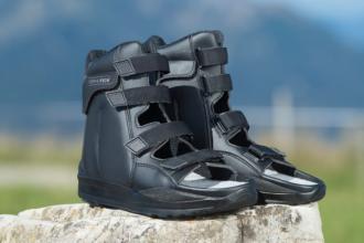 Stabil-Sandale Schwarz